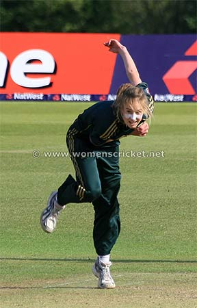 [Ellyse Perry © Don Miles]