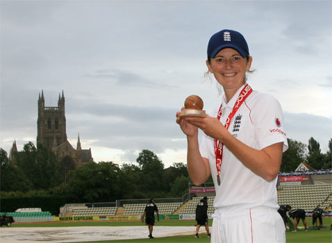 [Charlotte Edwards & The Ashes]