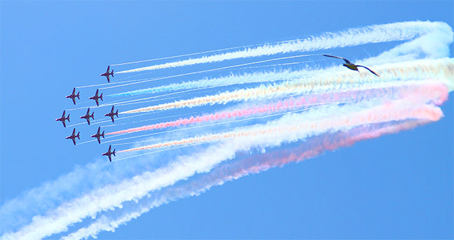 [Red Arrows © Don Miles]